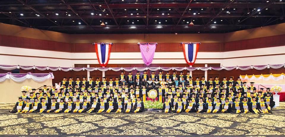 พิธีประทานปริญญาบัตร ประจำปีการศึกษา 2560 ช่อราชพฤกษ์ รุ่นที่ 10